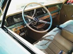 Jak wyczyścić wnętrze samochodu?